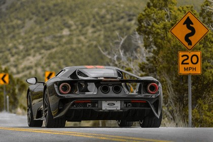2017 Ford GT 28