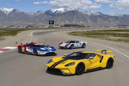2017 Ford GT 37