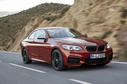 2017 BMW M240i coupé 18