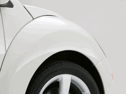 2007 Volkswagen Triple White New Beetle convertible 6