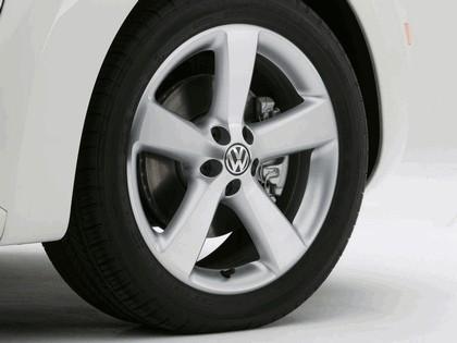 2007 Volkswagen Triple White New Beetle convertible 7