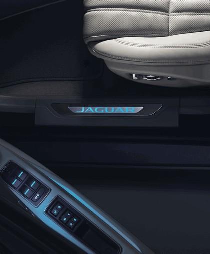 2017 Jaguar XF Sportbrake S AWD 22