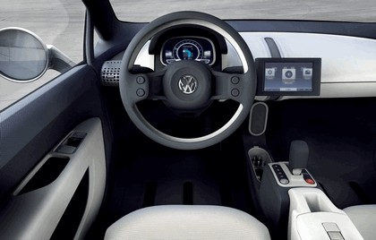 2007 Volkswagen Up concept 11