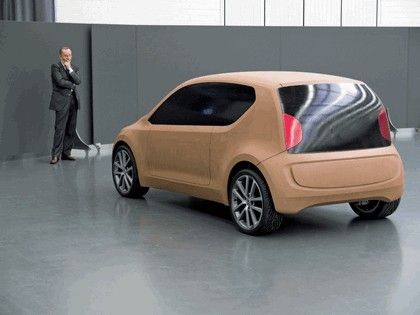 2007 Volkswagen Up concept 13