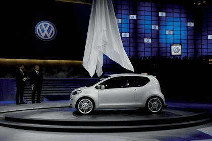 2007 Volkswagen Up concept 25