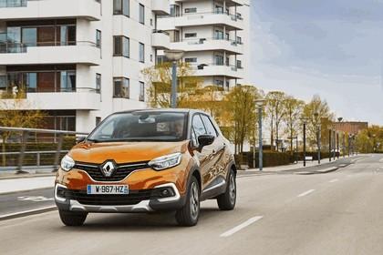 2017 Renault Capture 21