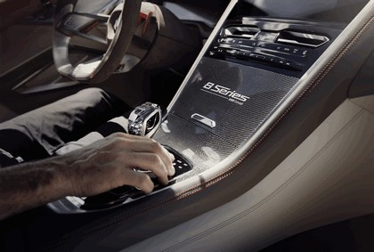 2017 BMW Concept 8 Series 25
