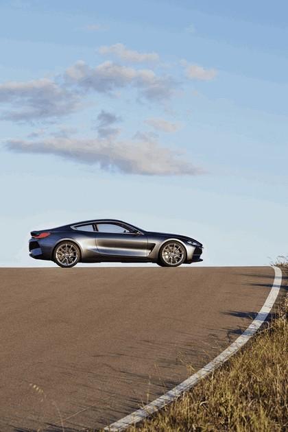 2017 BMW Concept 8 Series 36