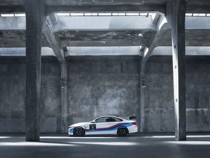 2017 BMW M4 GT4 2