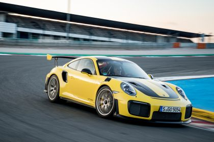 2018 Porsche 911 ( 991 type II ) GT2 RS 196