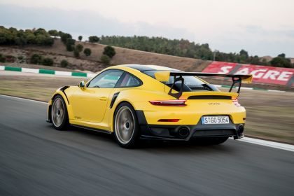 2018 Porsche 911 ( 991 type II ) GT2 RS 218