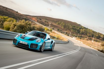 2018 Porsche 911 ( 991 type II ) GT2 RS 296