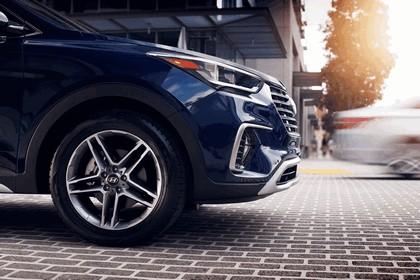 2018 Hyundai Santa Fe 14