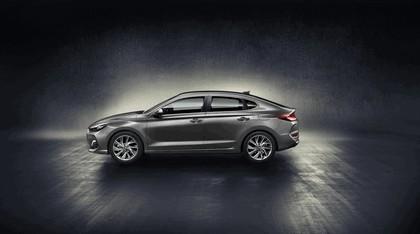 2017 Hyundai i30 Fastback 2
