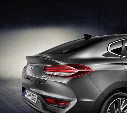 2017 Hyundai i30 Fastback 5