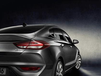 2017 Hyundai i30 Fastback 6