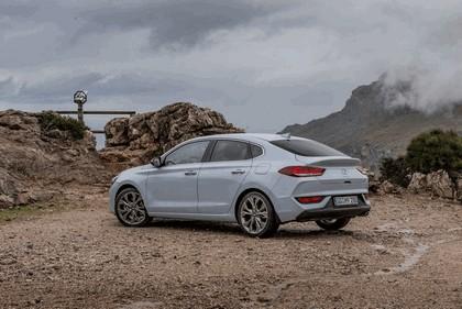 2017 Hyundai i30 Fastback 11