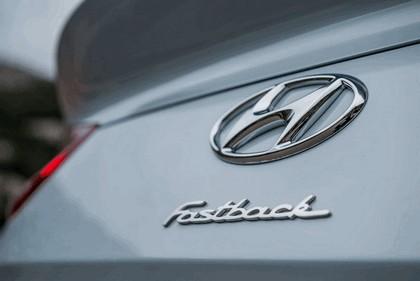 2017 Hyundai i30 Fastback 15