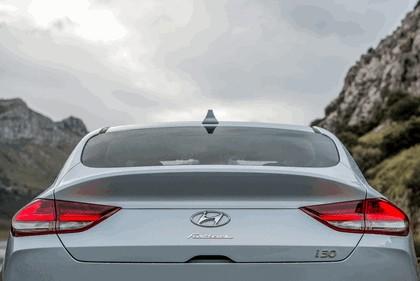 2017 Hyundai i30 Fastback 16