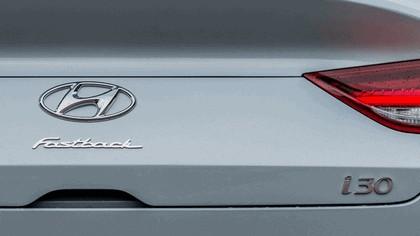2017 Hyundai i30 Fastback 18