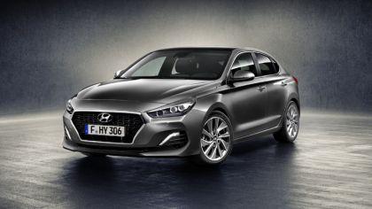 2017 Hyundai i30 Fastback 4