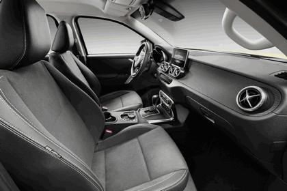 2017 Mercedes-Benz X-Class 8