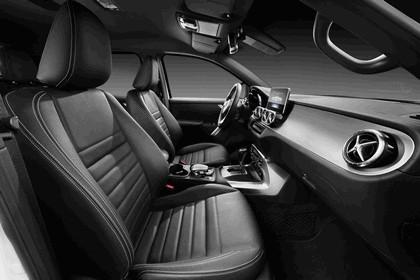 2017 Mercedes-Benz X-Class 50