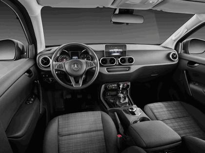 2017 Mercedes-Benz X-Class 97