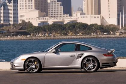 2007 Porsche 911 Turbo 32