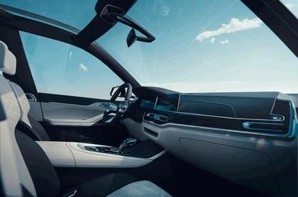 2017 BMW Concept X7 iPerformance 14