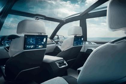 2017 BMW Concept X7 iPerformance 16