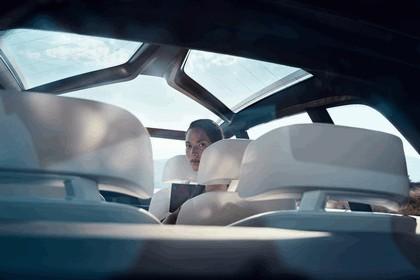 2017 BMW Concept X7 iPerformance 17
