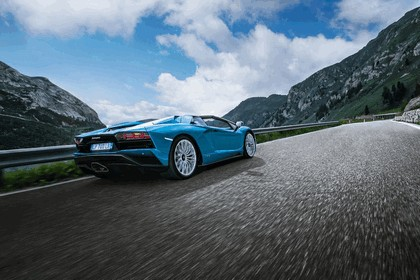 2017 Lamborghini Aventador S Roadster 3