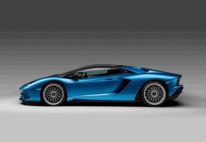 2017 Lamborghini Aventador S Roadster 14