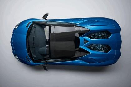 2017 Lamborghini Aventador S Roadster 17