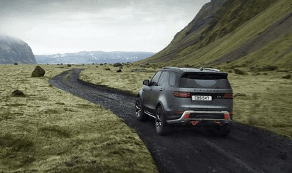 2017 Land Rover Discovery SVX 7