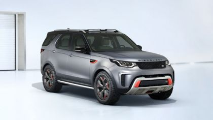 2017 Land Rover Discovery SVX 4