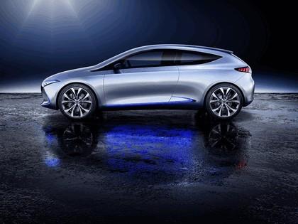 2017 Mercedes-Benz Concept EQA 2