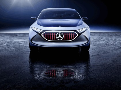 2017 Mercedes-Benz Concept EQA 5