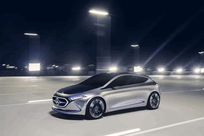 2017 Mercedes-Benz Concept EQA 10