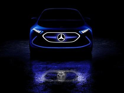 2017 Mercedes-Benz Concept EQA 14