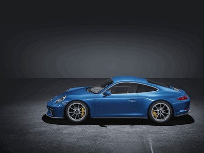 2017 Porsche 911 ( 991 type II ) GT3 with Touring Package 2