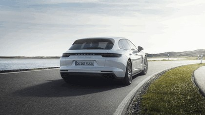 2017 Porsche Panamera Turbo S E-Hybrid Sport Turismo 3