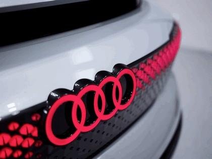 2017 Audi Aicon concept 25