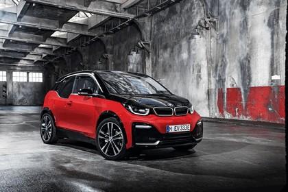2017 BMW i3s 32