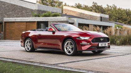 2018 Ford Mustang convertible 6