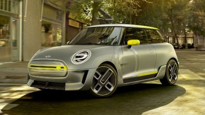 2017 Mini Electric Concept 5