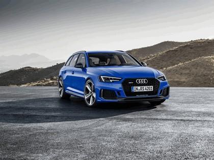 2017 Audi RS 4 Avant 3