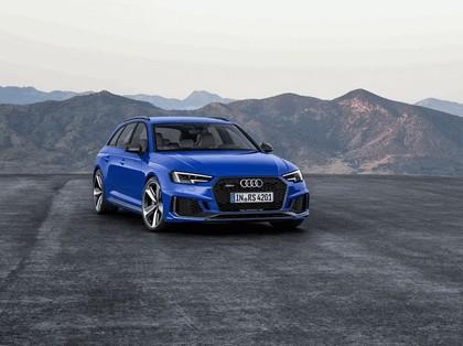 2017 Audi RS 4 Avant 9