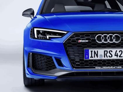 2017 Audi RS 4 Avant 13